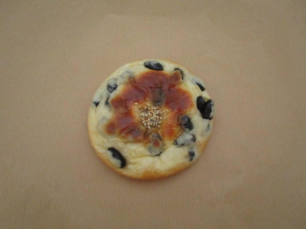 panove 丹波の黒豆パン